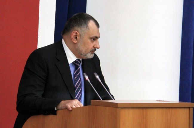 Альберт Гутнов