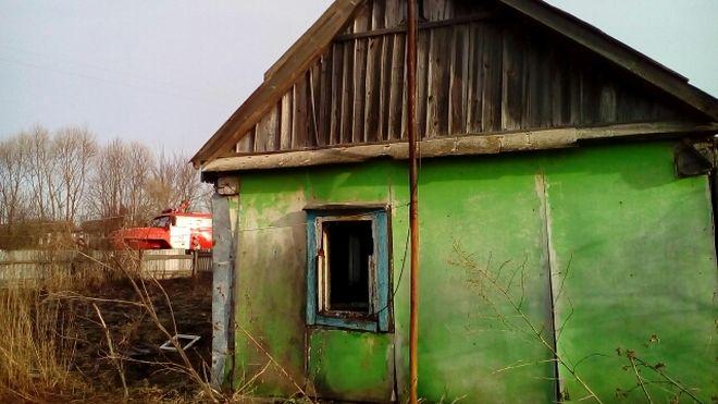 Под Орлом мужчина убил пенсионерку исжег еедом